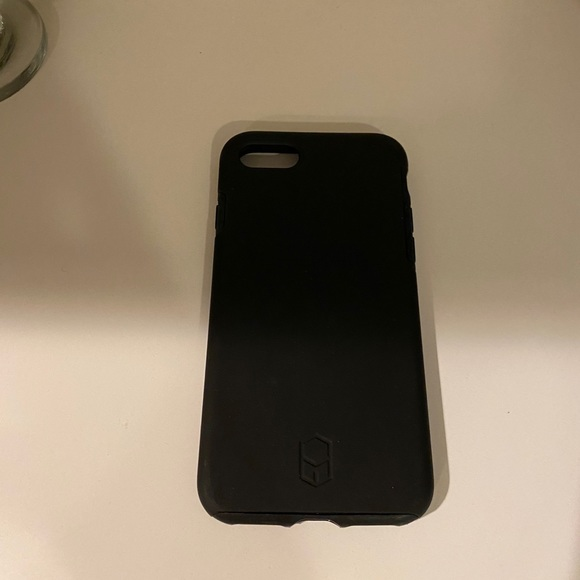 Iphone 7 black matte case